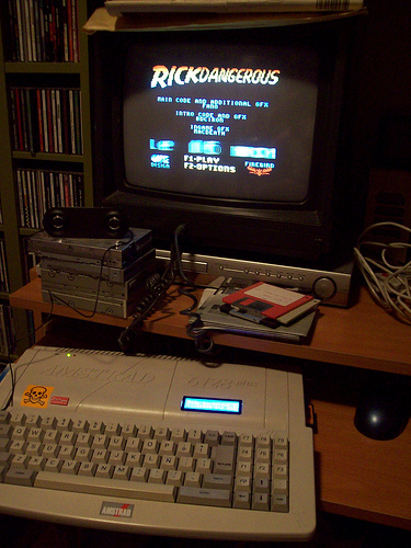 front of modded Amstrad CPC+ with HxC floppy emulator and Symbiface